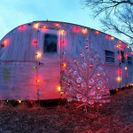 christmass_trailer_house-1600x1200