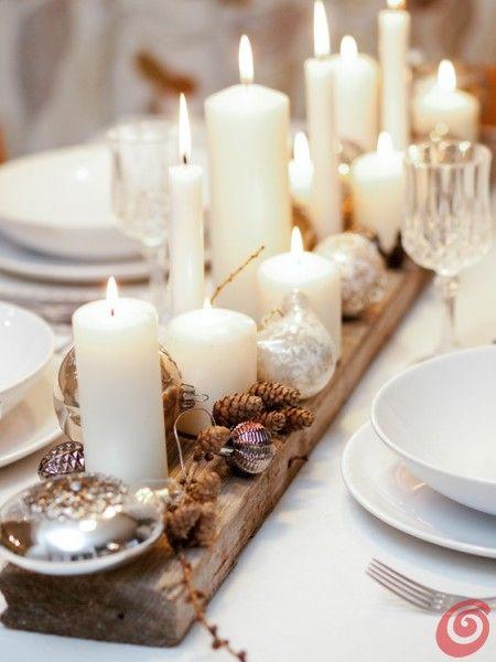 Коледна украса за маса със свещи