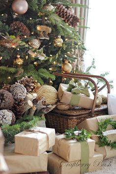 коледна украса за елхата с подаръци